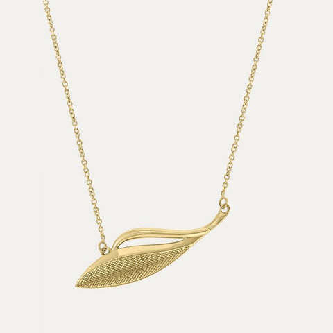 18ct gold plated necklace with etched leaf detail from our Sara Miller London Gold Leaf Collection.