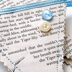 Book Bunting - Alice In Wonderland - Lewis Carroll