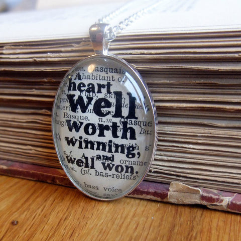 Necklace - A Heart Well Worth Winning - Dickens