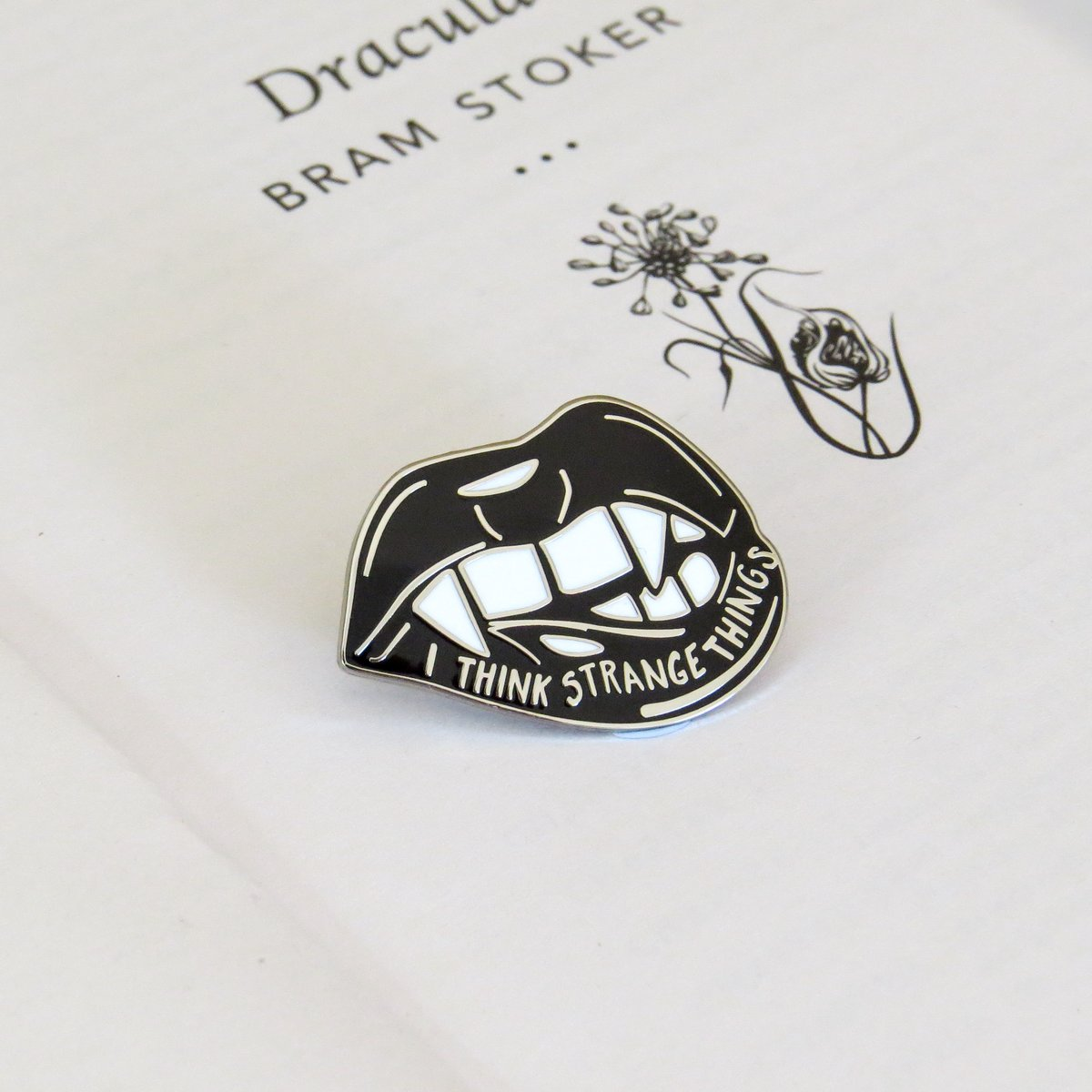 Enamel Pin Badge - Vampire - Dracula