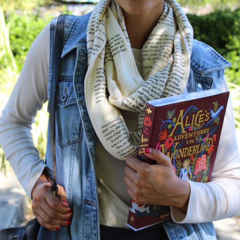 Book Scarf - Alice in Wonderland - Lewis Caroll