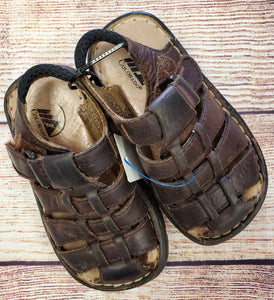 Colorado Boys sandals sz9