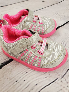 Garanimals infant girl tennis shoes velcro silver/pink 4
