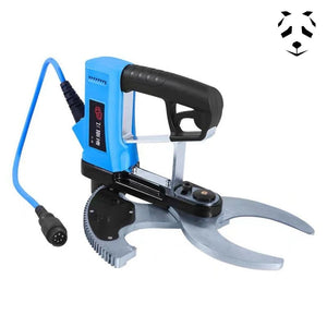 Electric pruner for cutting bamboo