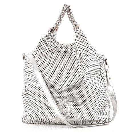 10aaaf3c8133 Buy Chanel Rodeo Drive Hobo Perforated Leather Large 1070301 – Rebag