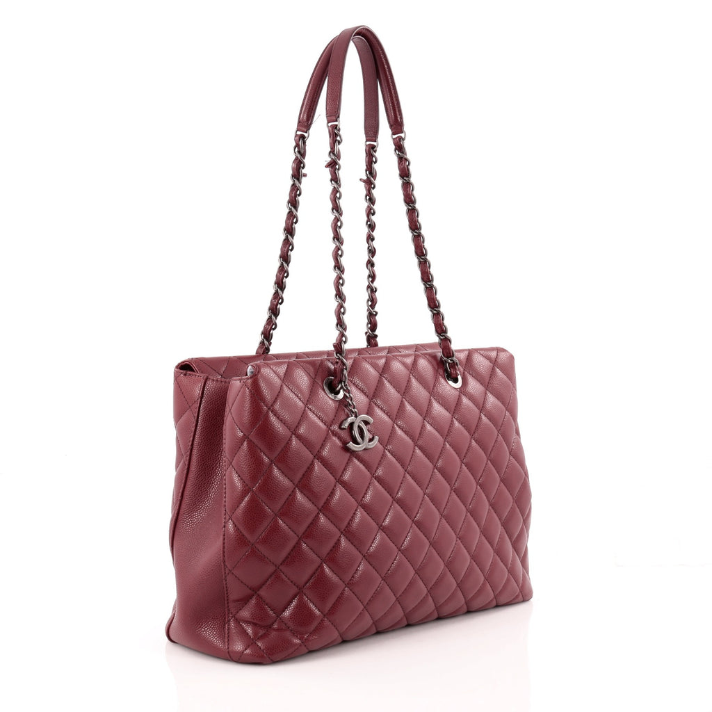 427874042bb2 Buy Chanel City Shopping Tote Quilted Caviar Large Red 1322901 – Rebag
