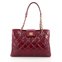 Chanel Daily Walk Shopping Tote Quilted Glazed Calfskin Medium Red