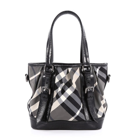 948cda94255c Buy Burberry Lowry Convertible Tote Beat Check Nylon Medium 1630602 – Rebag