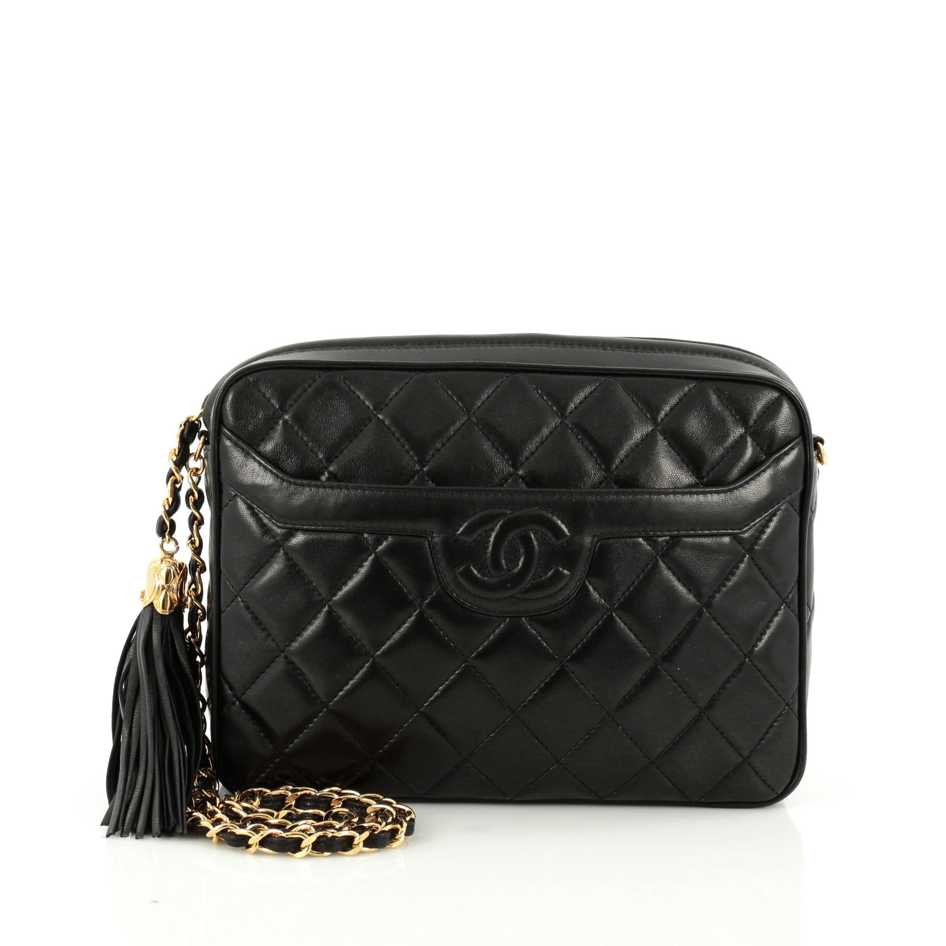 87f933aab04cc2 16915-01_Chanel_Vintage_Camera_Tassel_Bag_Quilted_2D_0003.jpg?v=1487722221