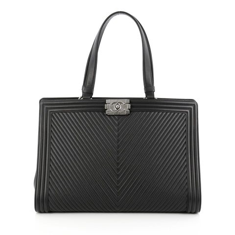 ab9037ed6af8 Buy Chanel Boy Shopping Tote Chevron Quilted Calfskin Large 1765901 – Rebag