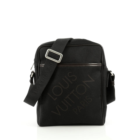 d1b7aabe52f5 Buy Louis Vuitton Geant Citadin Messenger Bag Limited 1795105 – Rebag