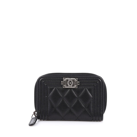 b2226d2cc03391 Buy Chanel Boy Coin Purse Quilted Lambskin Small 1916002 – Rebag