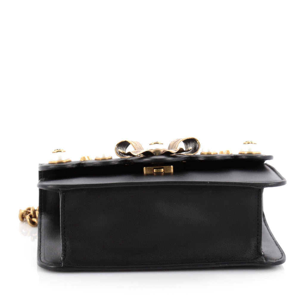 61f7dd77bbb Buy Gucci Pearly Peony Chain Shoulder Bag Leather Small 2093907 – Rebag