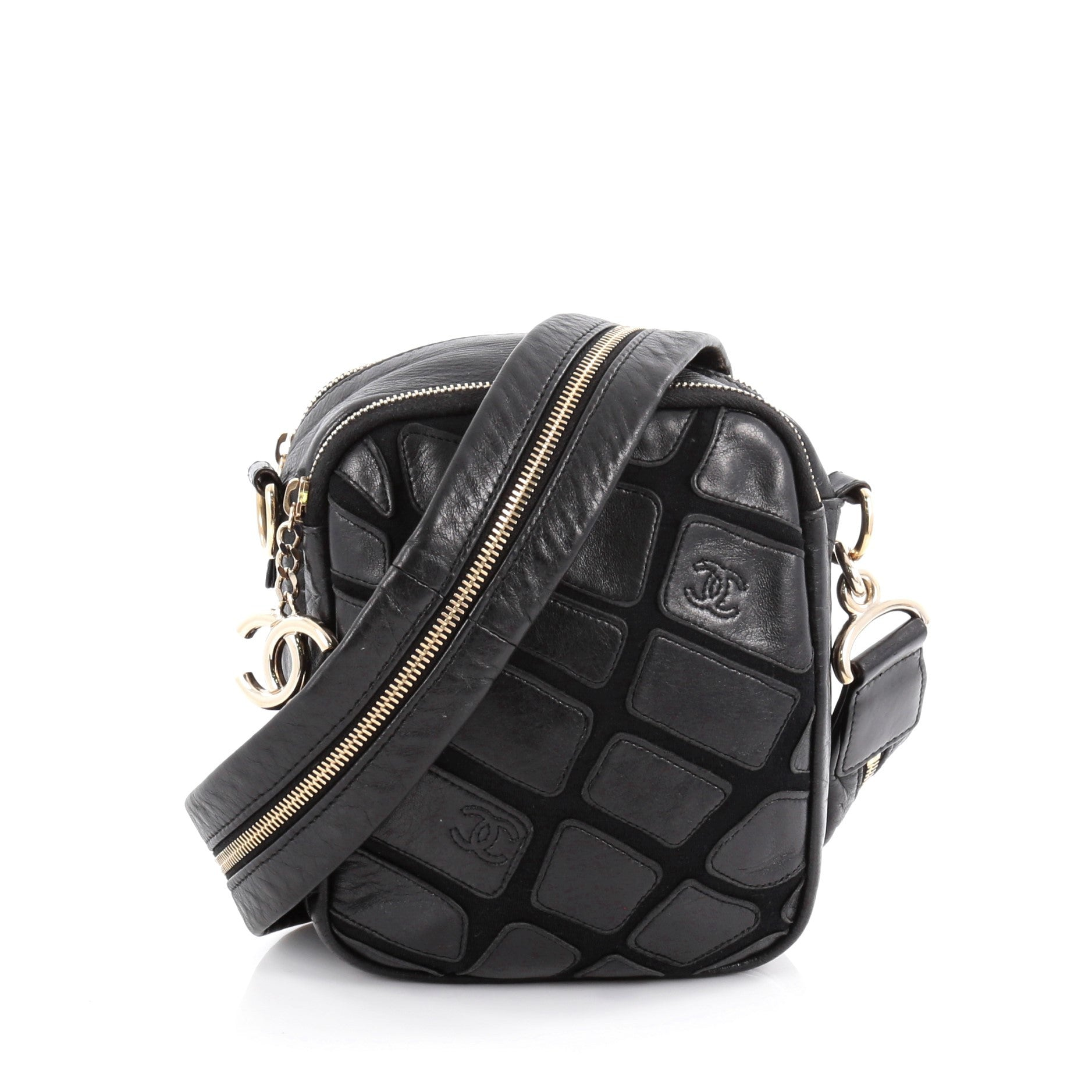 e2add58622ca67 21014-01_Chanel_Scales_Camera_Bag_Leather_With_Jer_2D_0003.jpg?v=1499779966