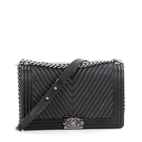 1127c6a1500c Buy Chanel Boy Flap Bag Chevron with Micro Chain Detail New 2136002 – Rebag