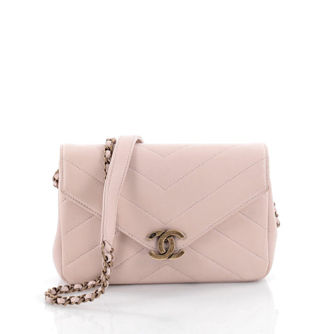2ac00897581fcb Buy Chanel Coco Envelope Flap Bag Chevron Leather Mini Pink 2157001 – Rebag