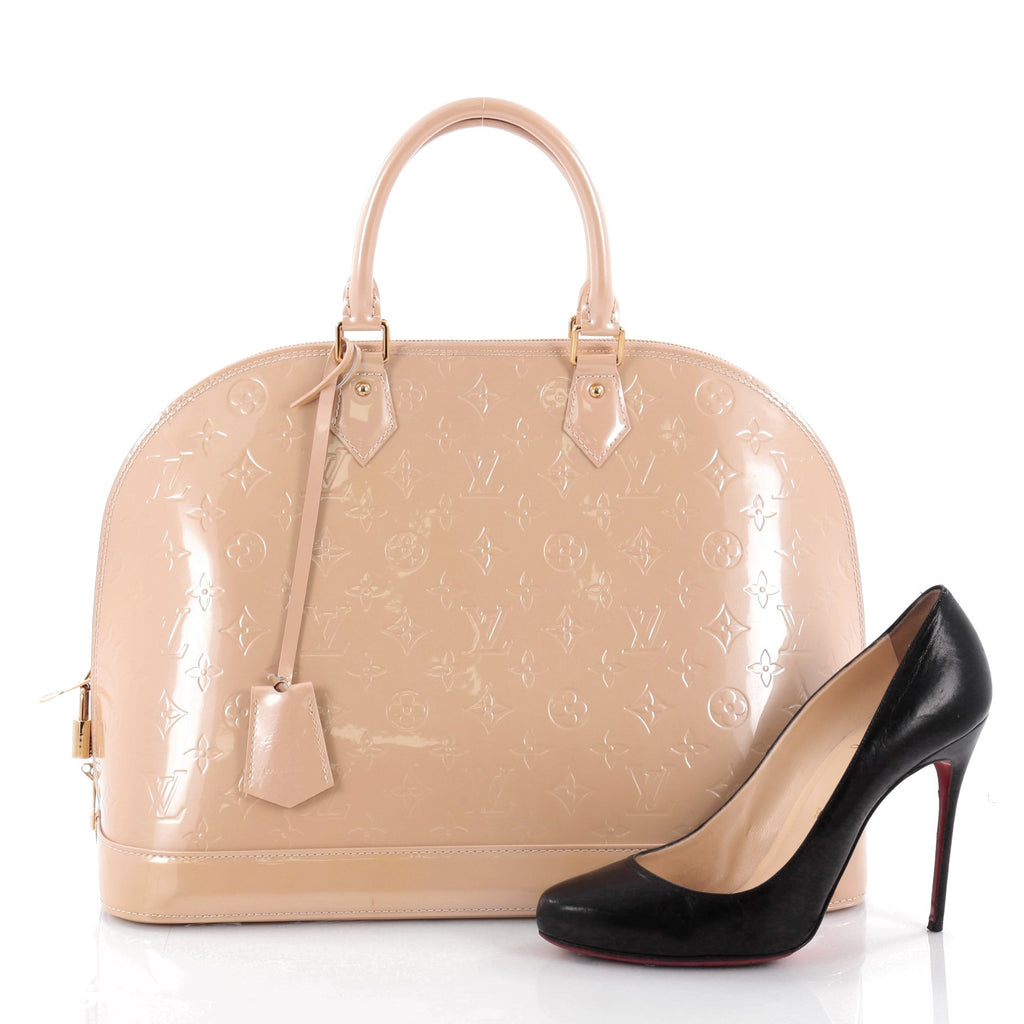 5ba35adccabf The rich and famous have given this bag their stamp of approval