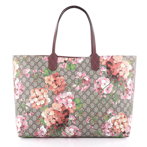 b066a048bc5 Buy Gucci Reversible Tote Blooms GG Print Leather Large Pink 2348002 – Rebag