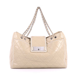 Chanel Mademoiselle Lock East West Tote Quilted Leather 2581803