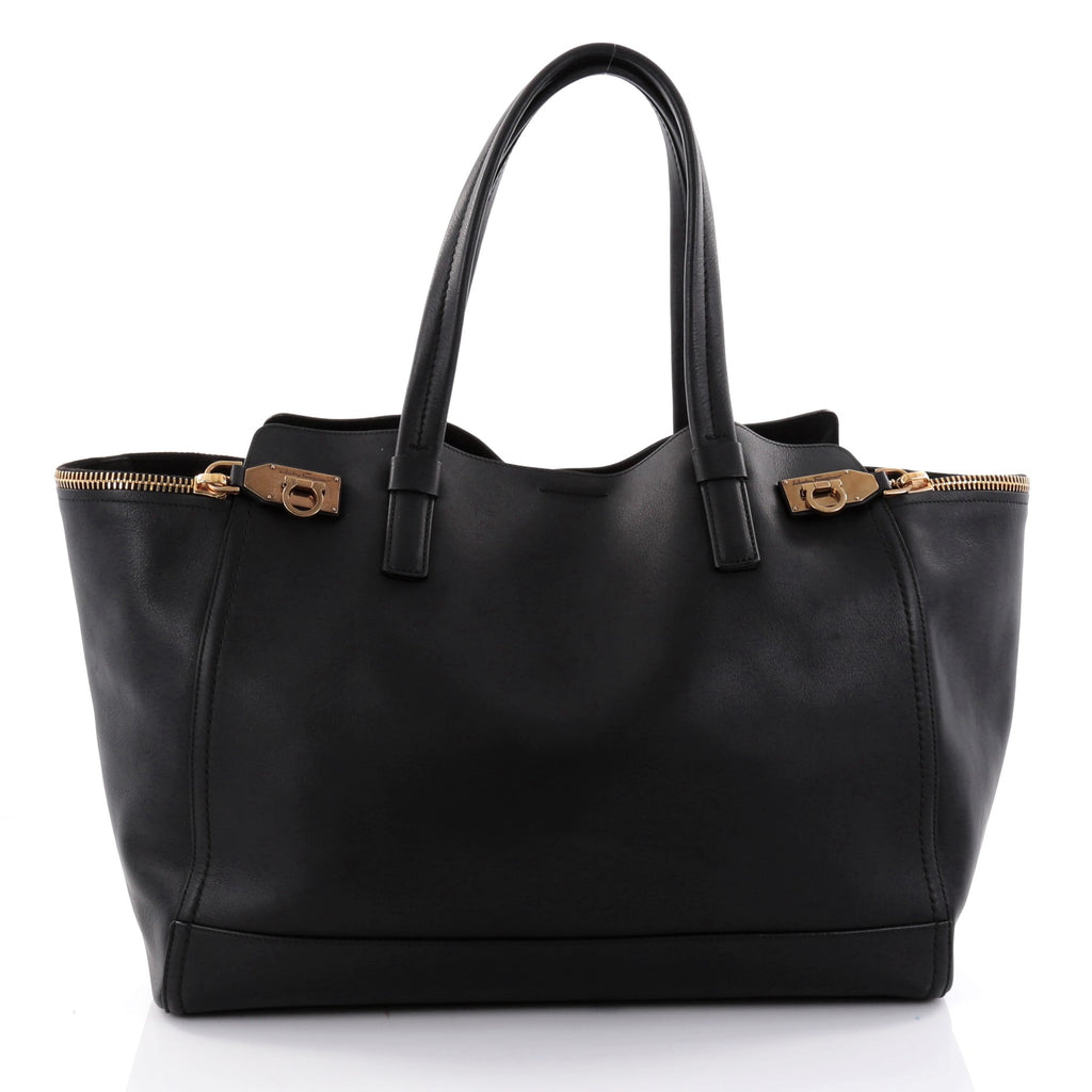 Buy Salvatore Ferragamo Verve Tote Leather Large Black 2613801 – Rebag 6be8c43990545