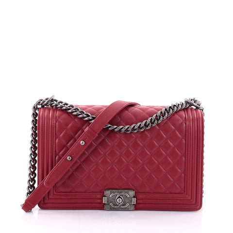8a6108914812 Buy Chanel Boy Flap Bag Quilted Lambskin New Medium Red 2624405 – Rebag