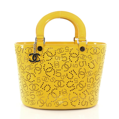 e27c79204c31 Buy Chanel CC No.5 Shopping Tote Perforated Patent Medium 2749101 – Rebag
