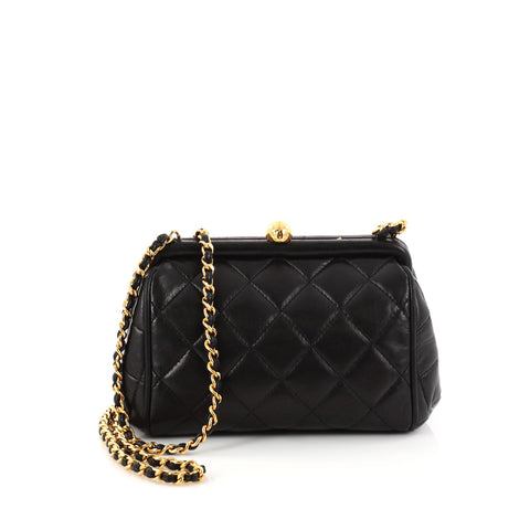3f7dceb8b49e Buy Chanel Vintage Chain Frame Bag Quilted Lambskin Small 2918201 – Rebag
