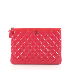 Chanel Valentine Hearts O Case Clutch Quilted Patent 2926702