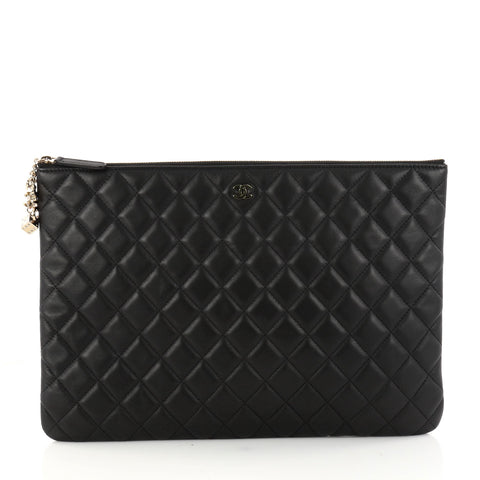 Buy Chanel Beauty CC Casino O Case Clutch Quilted Lambskin 3011801 – Rebag 35e36564397d2