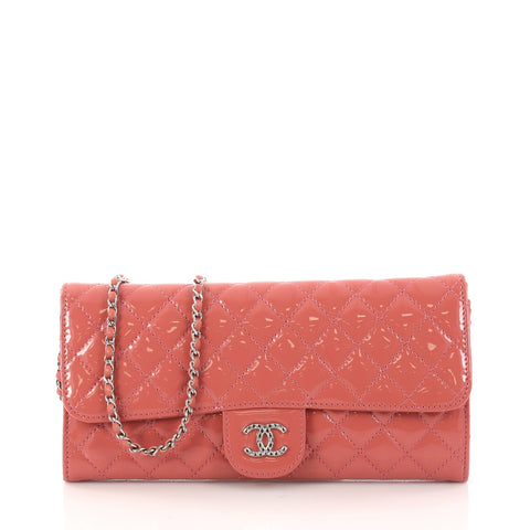 c37b8b6b900d Buy Chanel Wallet On Chain Clutch Quilted Patent East West 3124502 – Rebag