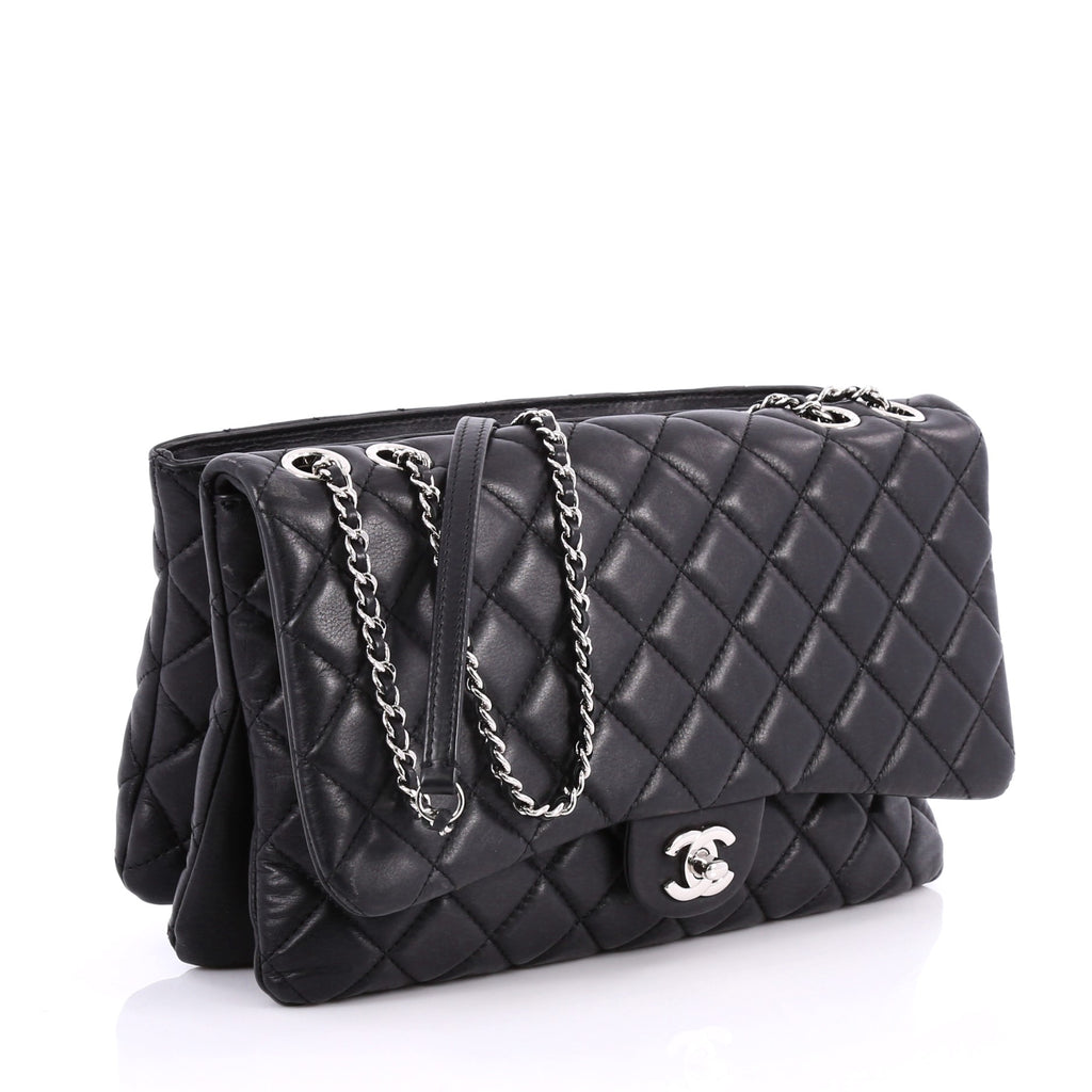 19f3a819e0df Buy Chanel Zip 3 Bag Quilted Lambskin Jumbo Black 3154502 – Rebag