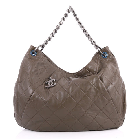 d09c21a52713 Buy Chanel Coco Pleats Hobo Quilted Calfskin Large Green 3161302 – Rebag