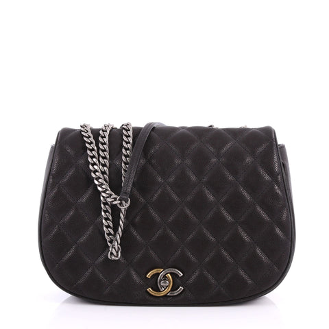 99671c804738 Buy Chanel Casual Pocket Flap Messenger Bag Quilted Caviar 3312906 – Rebag