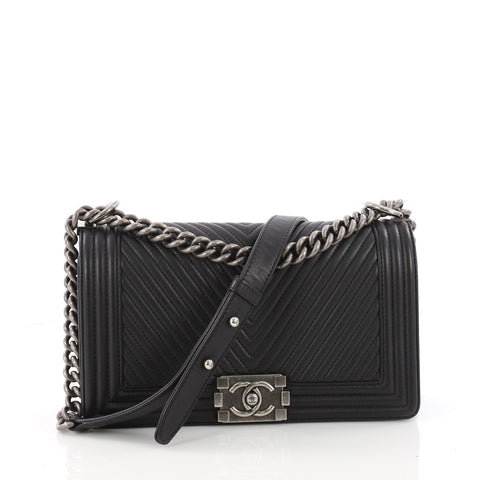 53449c356cf9 Buy Chanel Boy Flap Bag Chevron Calfskin Old Medium Black 3409102 – Rebag
