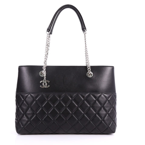 3ddbd76eb6c3 Buy Chanel CC Charm Open Shopping Tote Quilted Lambskin 3440801 – Rebag