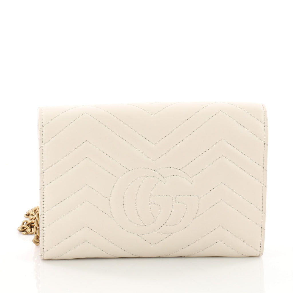 c70f75cd789 Buy Gucci GG Marmont Chain Wallet Matelasse Leather Mini 3526001 – Rebag