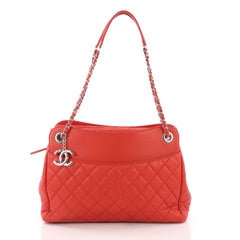 Chanel 7 Tote Quilted Lambskin Large Red 3678102