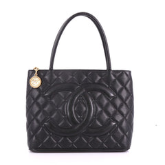 Chanel Model: Medallion Tote Quilted Caviar Black 37077/24