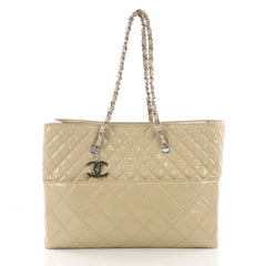 Chanel In The Business Tote Quilted Patent Vinyl Large 374566