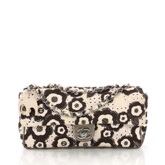 Chanel Model: Vintage Flap Bag Printed Canvas Medium Neutral 38440/103