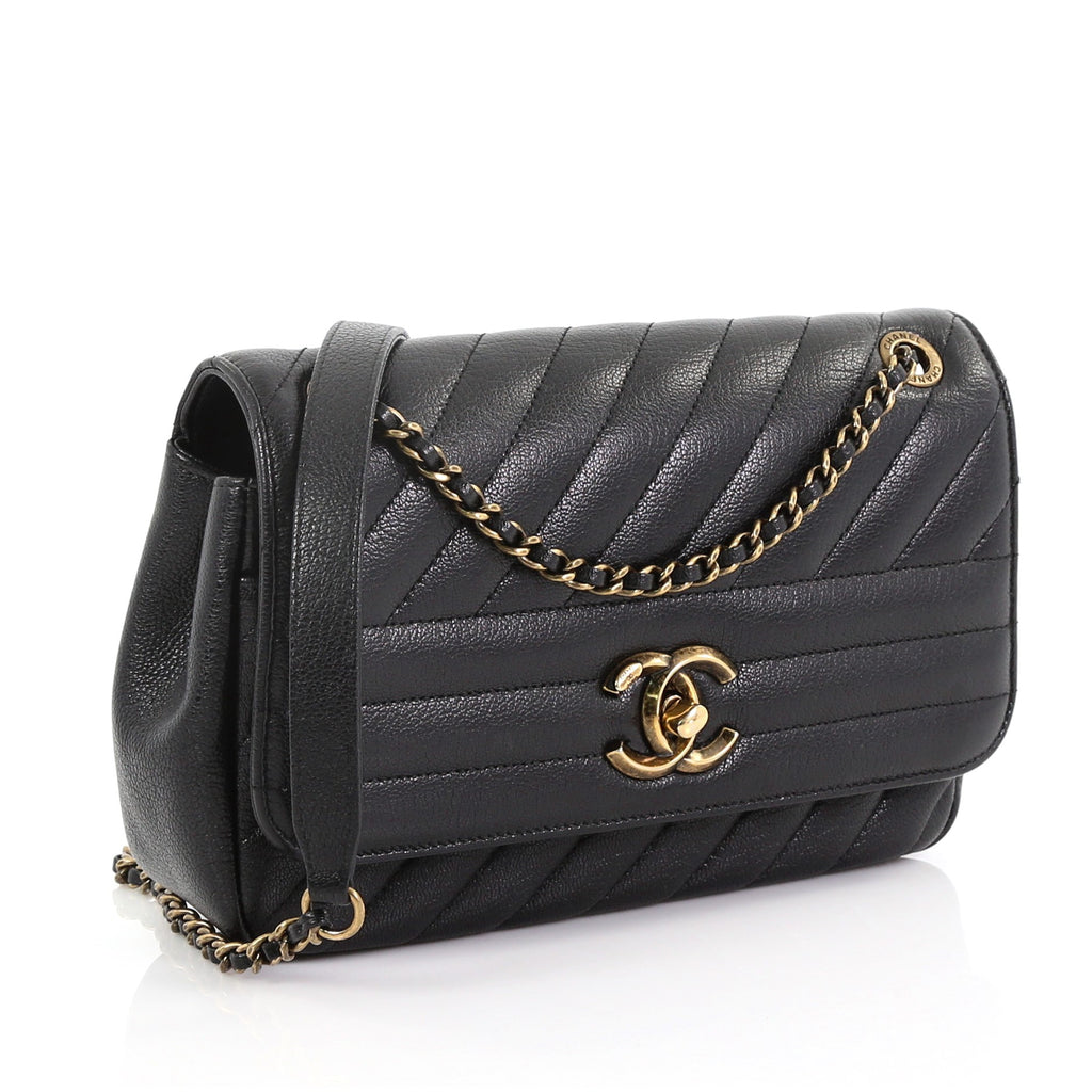 f730f27826d0 Chanel CC Flap Bag Diagonal Quilted Goatskin Small Black – Rebag