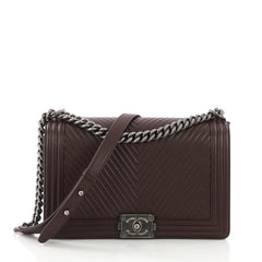 Chanel Boy Flap Bag Chevron Calfskin New Medium Purple 39515134