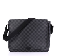 Louis Vuitton District Messenger Bag Damier Graphite MM Black