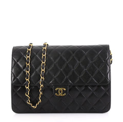 Chanel Model: Vintage Clutch with Chain Quilted Leather Medium Black 40578/2