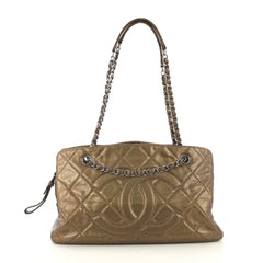 Chanel Model: Timeless Classic Shopping Tote Quilted Caviar Large Gold 41461/1