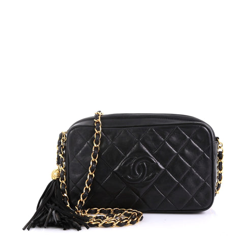 5dfa5232aca8 Chanel Vintage Diamond CC Camera Bag Quilted Leather Small 4160625 – Rebag