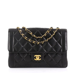 Chanel Model: Vintage CC Chain Flap Bag Quilted Lambskin Medium Black 41692/50