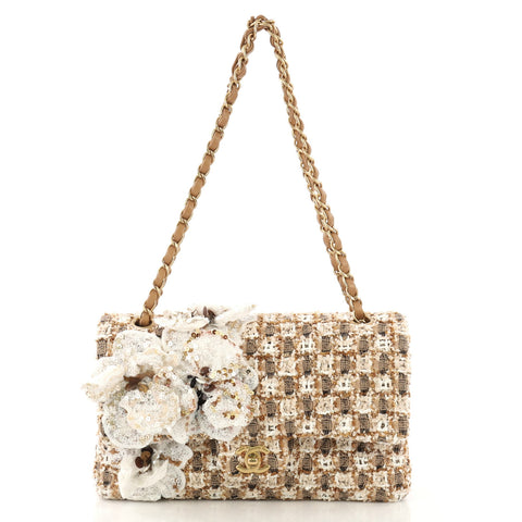 9eb5d990e687a5 Chanel Flower Applique Classic Double Flap Bag Quilted 4170040 – Rebag