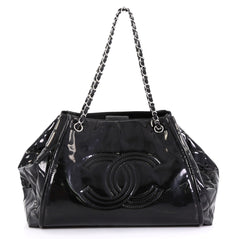 Chanel Model: Lipstick Accordion Tote Patent Vinyl Large  Black 42169/2