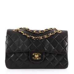 Chanel Model: Vintage Classic Double Flap Bag Quilted Lambskin Small Black 42251/14